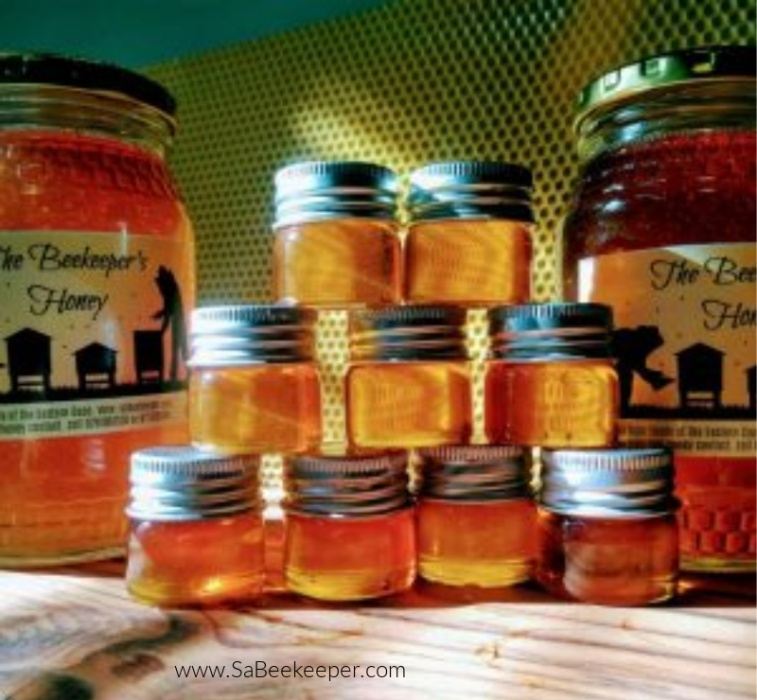 different colors of honey and how to harvest Honey